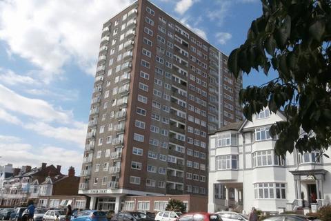 3 bedroom flat to rent - Westcliff Parade, Westcliff-On-Sea