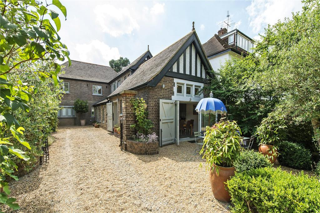 5 Bedrooms Detached House for sale in Church Road, Ham, Richmond, Surrey, TW10