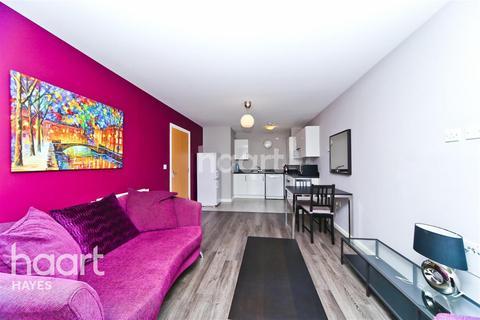 1 bedroom flat to rent - Varcoe Gardens