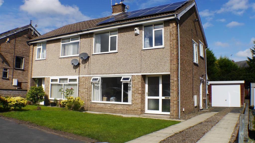 3 Bedrooms Semi Detached House for sale in Pentland Avenue, Clayton, Bradford, BD14 6JG