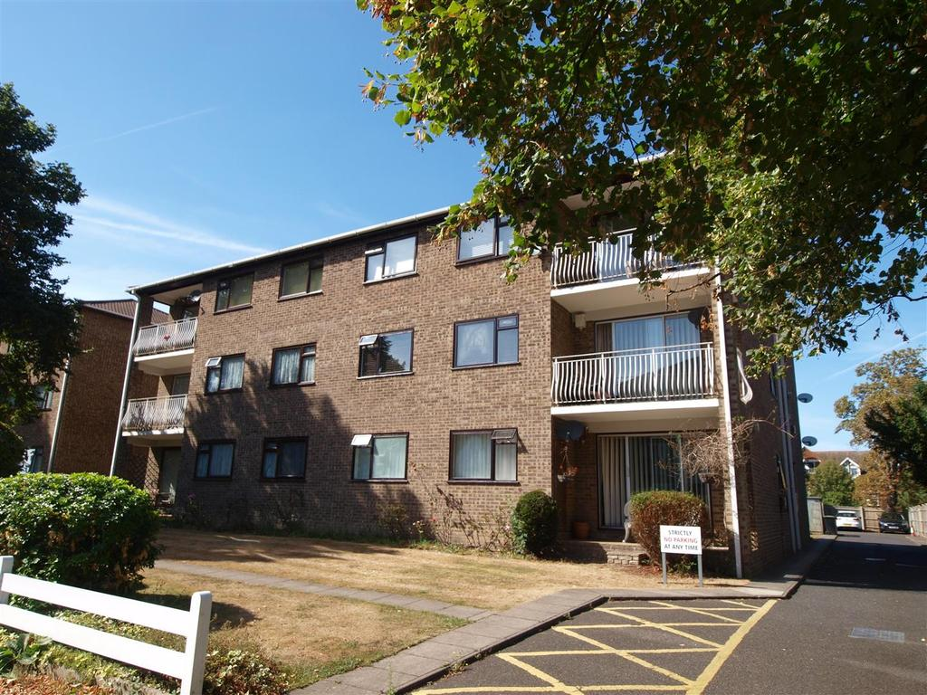 2 Bedrooms Apartment Flat for sale in Spencer Road, Bromley