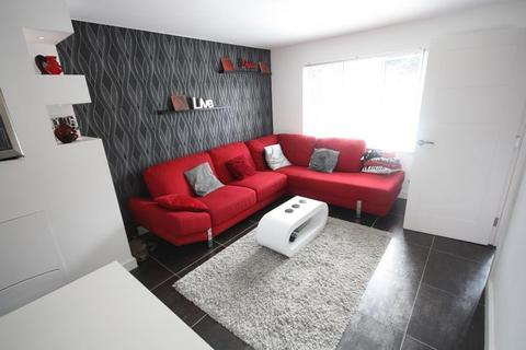 3 bedroom semi-detached house to rent - Canford Heath, Poole