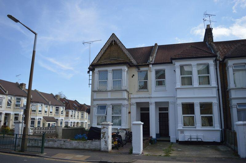 1 Bedroom Flat for sale in York Road, Southend-On-Sea