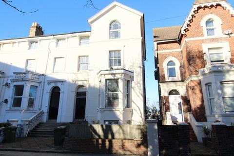 2 bedroom apartment to rent - Waverley Rd, Southsea