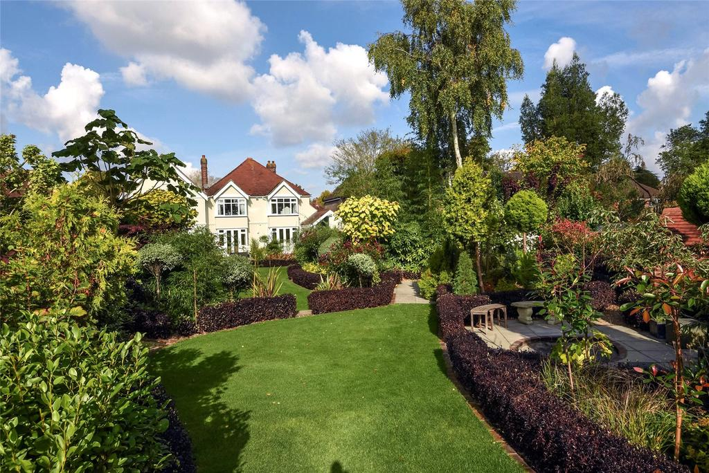 5 Bedrooms Detached House for sale in The Avenue, Chichester, West Sussex, PO19