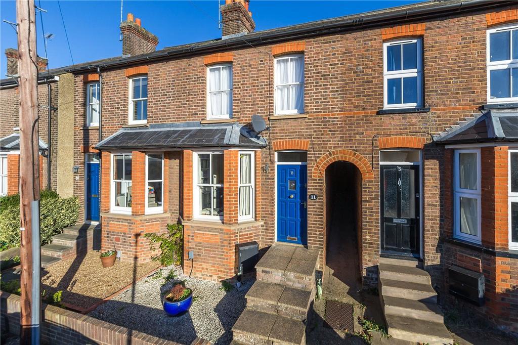 3 Bedrooms Terraced House for sale in Salisbury Road, Harpenden, Hertfordshire