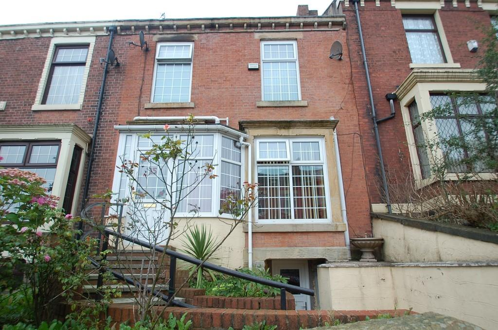 3 Bedrooms Terraced House for sale in Shear Brow