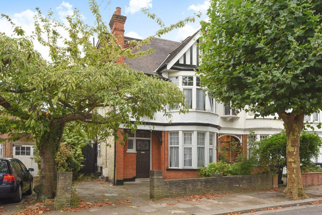 5 Bedrooms Terraced House for sale in Eton Avenue, North Finchley, N12