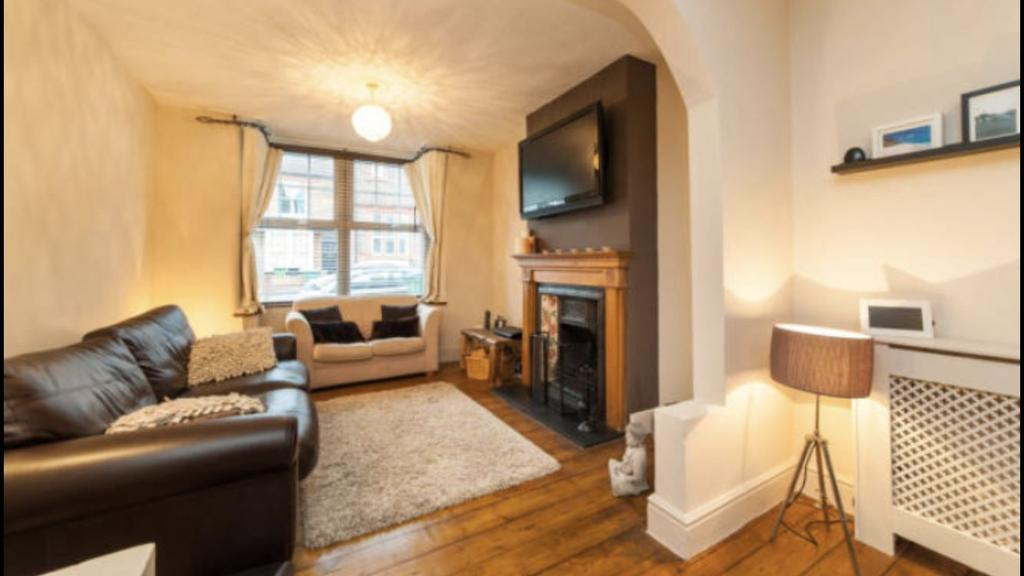 3 Bedrooms Terraced House for sale in Garfield Street, WATFORD, Hertfordshire