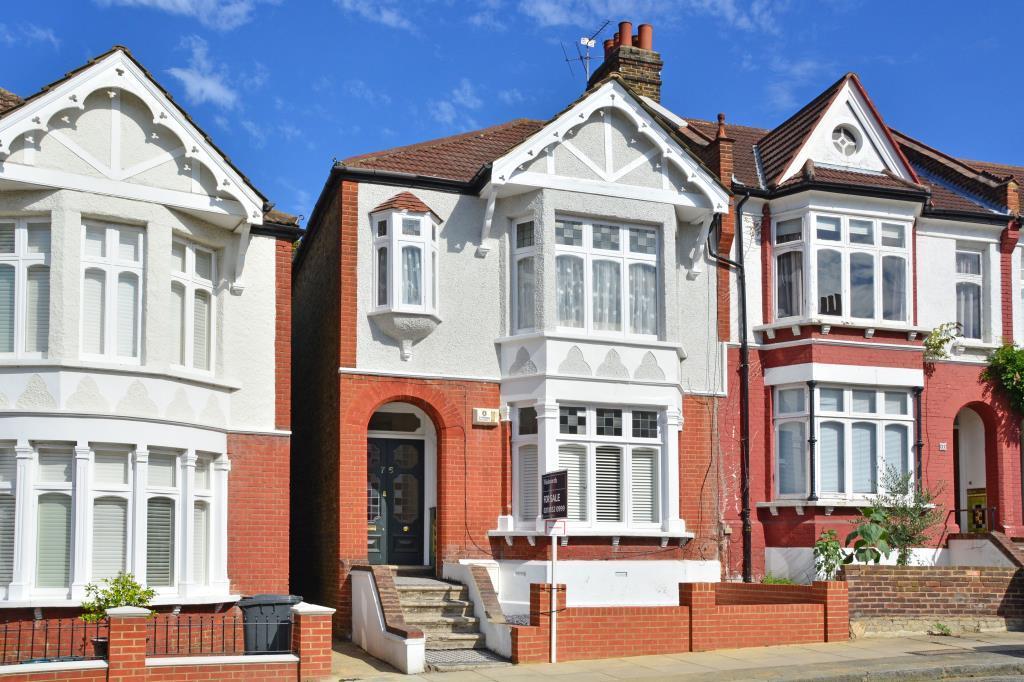 2 Bedrooms Maisonette Flat for sale in Boyne Road, Lewisham, London, SE13