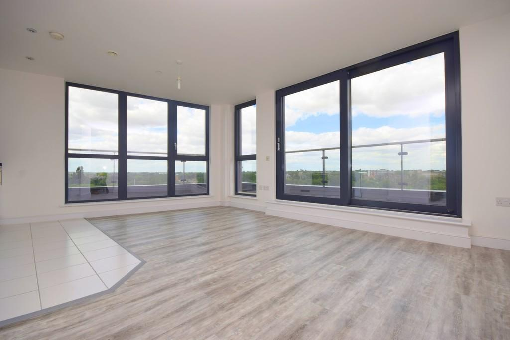 2 Bedrooms Penthouse Flat for sale in Century Tower, Chelmsford