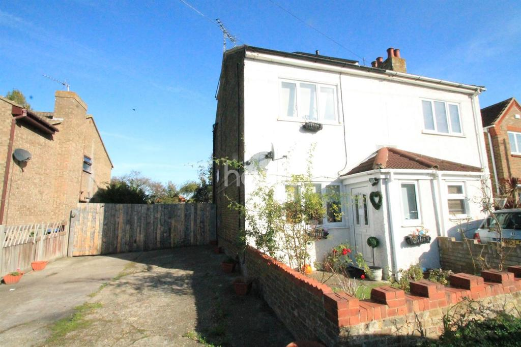 4 Bedrooms Semi Detached House for sale in Sunnyside Avenue, Minster on sea