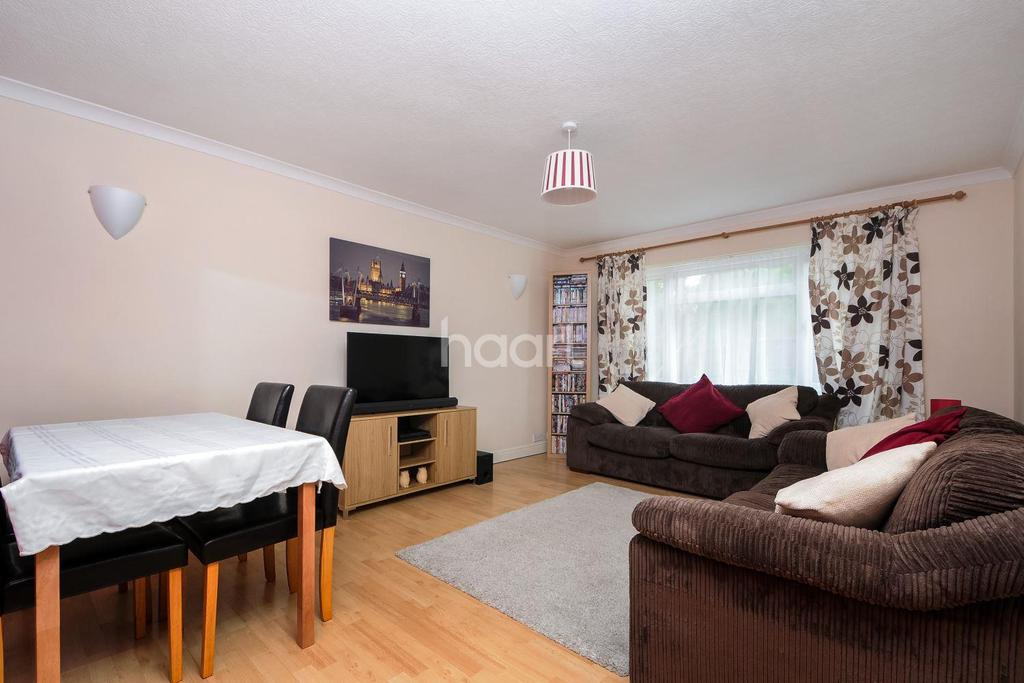 1 Bedroom Flat for sale in South Sutton, SM2 5NR
