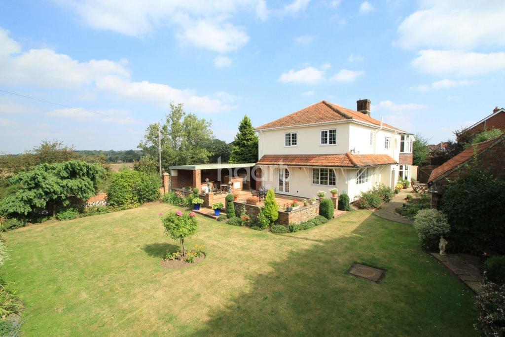4 Bedrooms Detached House for sale in NR19,