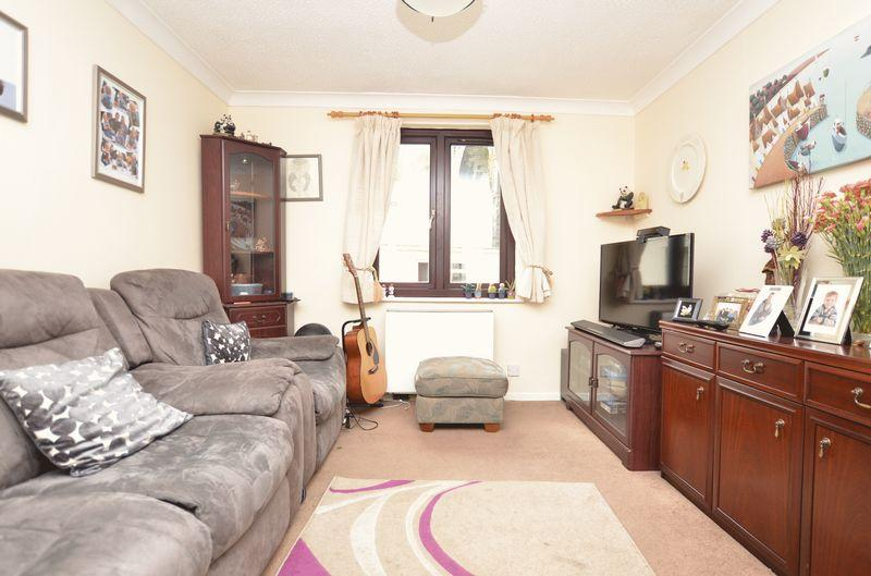 2 Bedrooms Apartment Flat for sale in Taylor Square, Tavistock