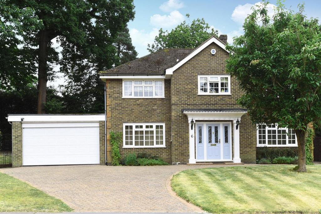 4 Bedrooms Detached House for sale in Ebury Close, Keston, BR2