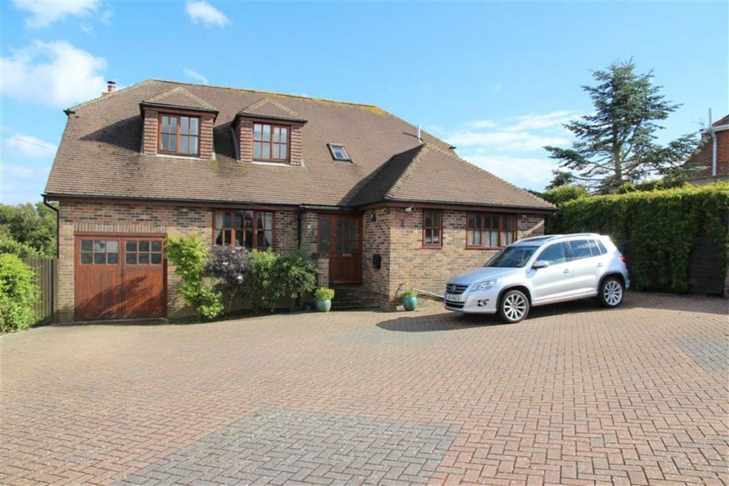 5 Bedrooms Detached House for sale in Fyrsway, Fairlight