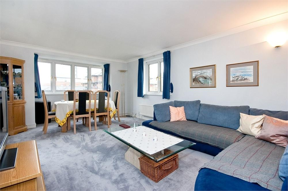3 Bedrooms Flat for sale in ADMIRAL WALK, CARLTON GATE, LONDON
