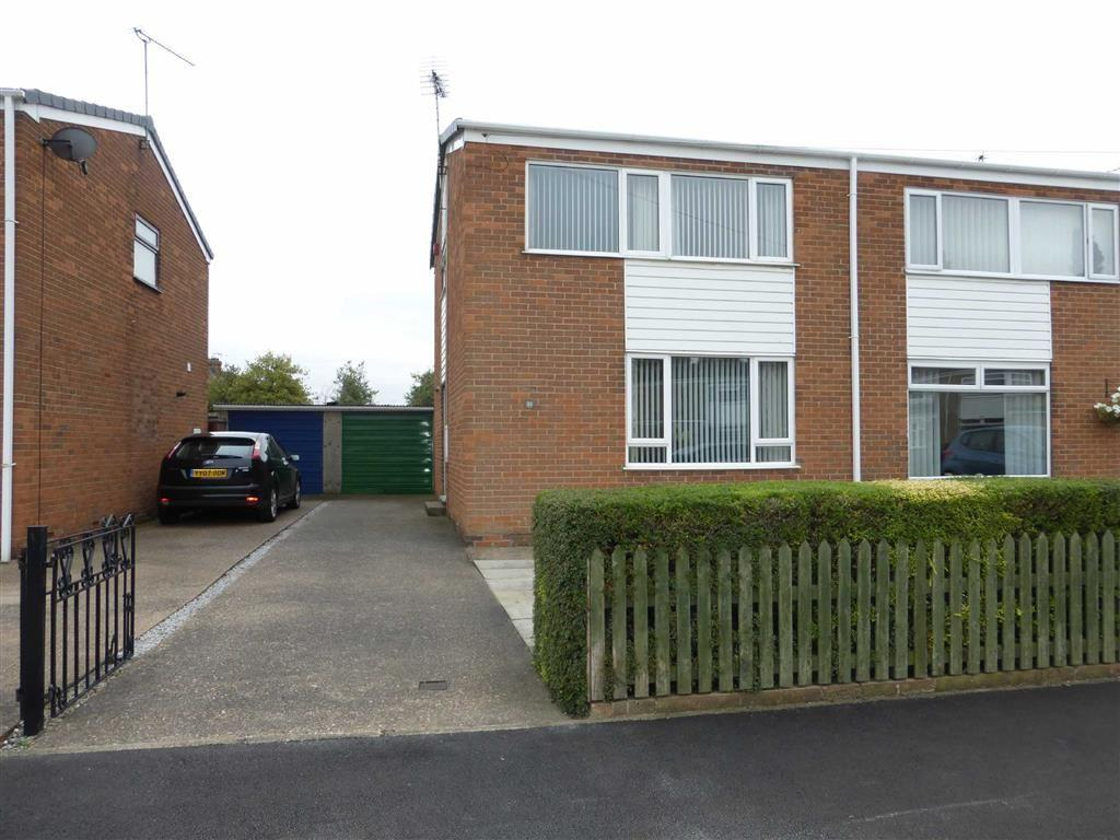 3 Bedrooms Semi Detached House for sale in St Andrews Way, James Reckitt Avenue, Hull, HU8