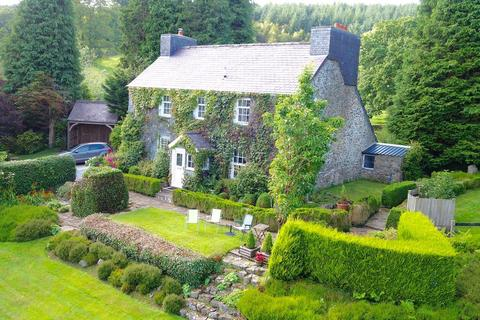 4 bedroom property with land for sale - Taliaris, Llandeilo