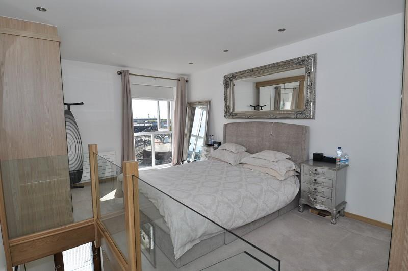 1 Bedroom Terraced House for sale in Custom House Place, Penarth Marina CF64 1TP