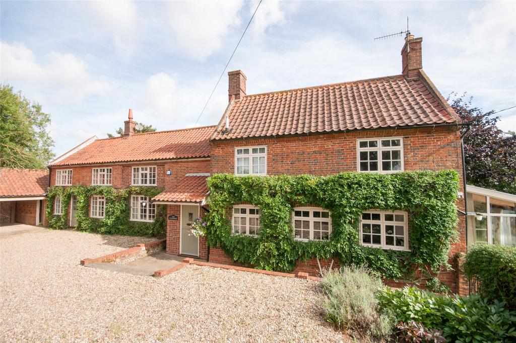 5 Bedrooms Detached House for sale in Little London, North Walsham, Norfolk, NR28