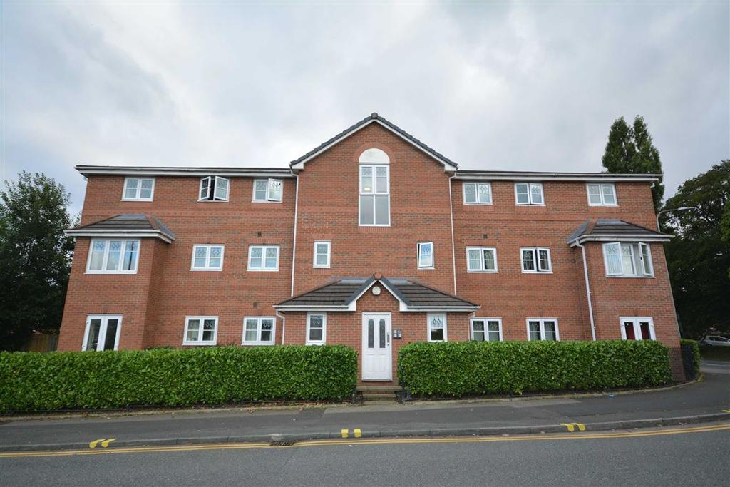 2 Bedrooms Apartment Flat for sale in Walthew House Lane, Kitt Green, Wigan, WN5