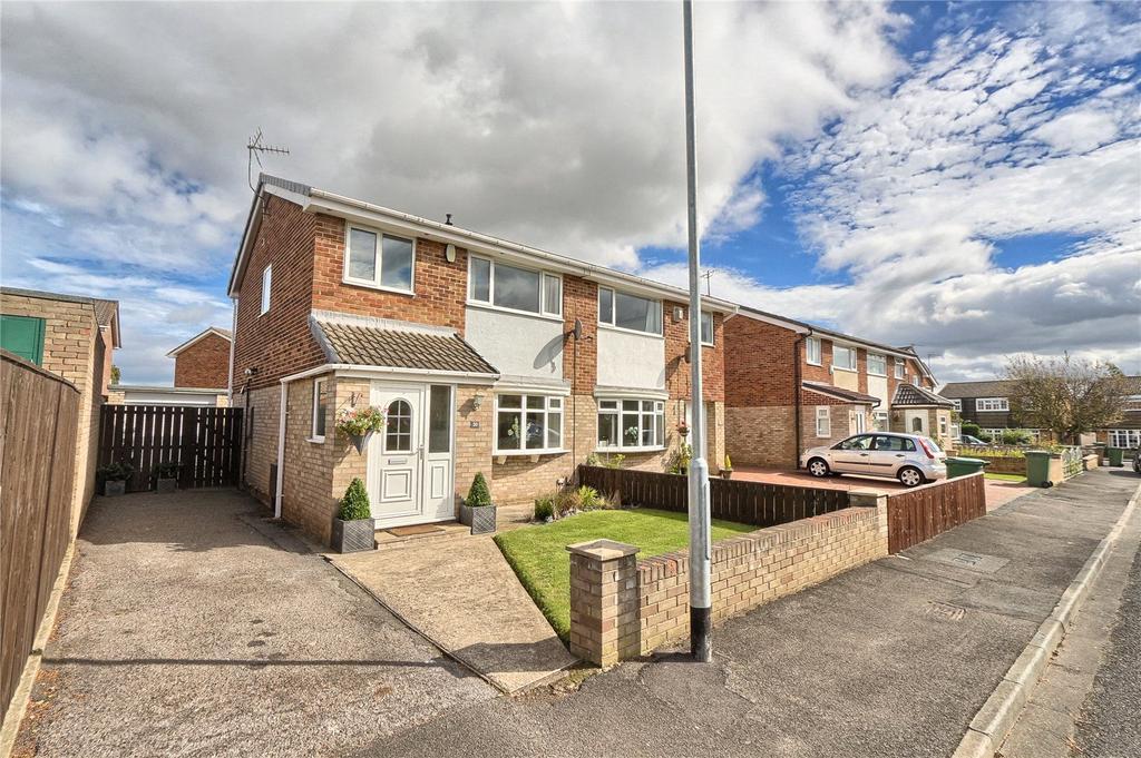 3 Bedrooms Semi Detached House for sale in Redland Close, Hartburn
