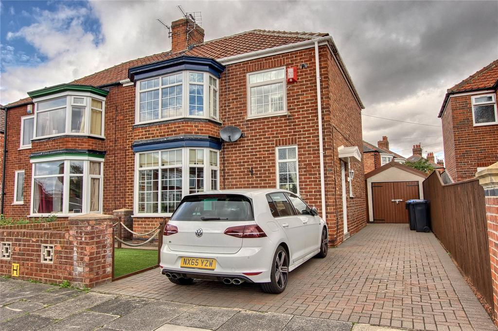3 Bedrooms Semi Detached House for sale in Wroxton Avenue, Linthorpe