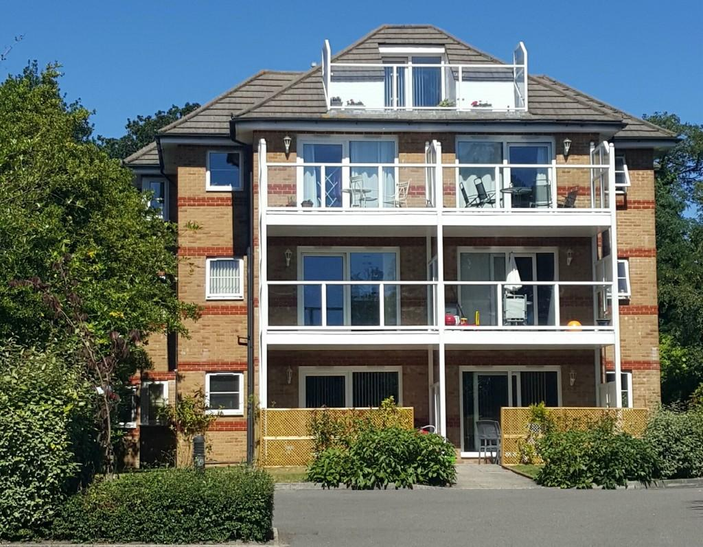 4 Bedrooms Apartment Flat for sale in LOWER PARKSTONE