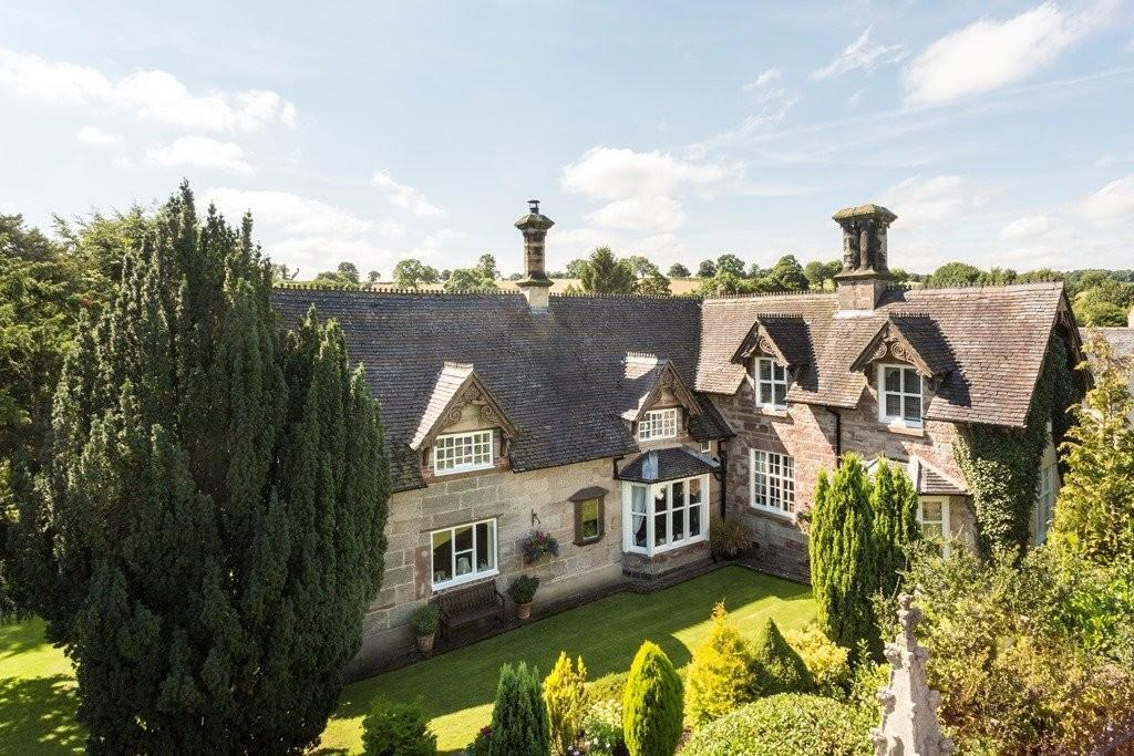4 Bedrooms Detached House for sale in Wootton Road, Ellastone