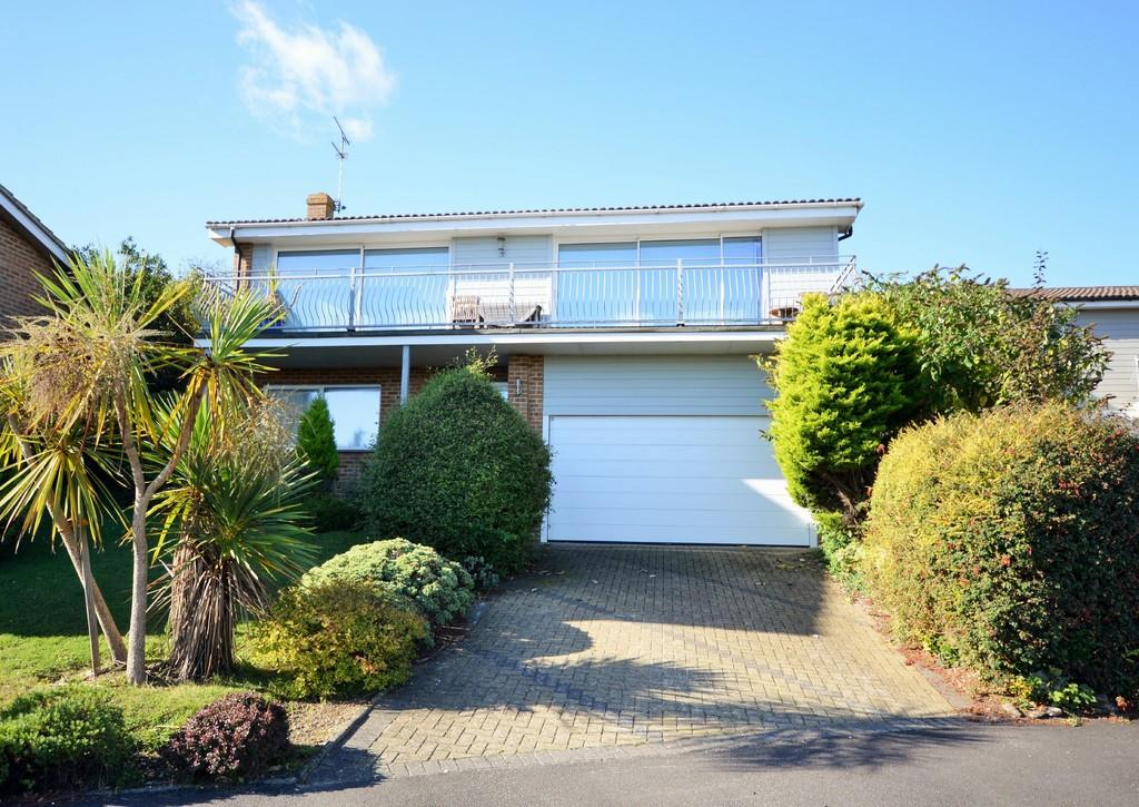 5 Bedrooms Detached House for sale in Sandcove Rise, Seaview