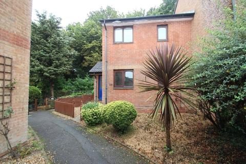 1 bedroom apartment to rent - Mary Rose Avenue, Wootton Bridge