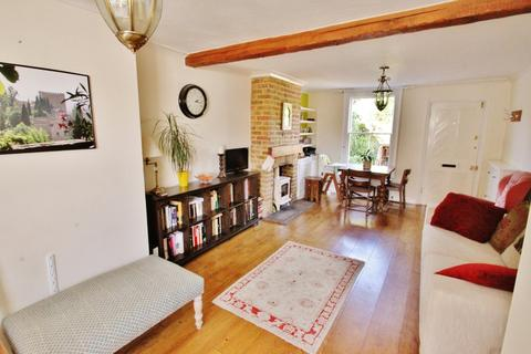 2 bedroom cottage to rent - Manor Road, Chigwell