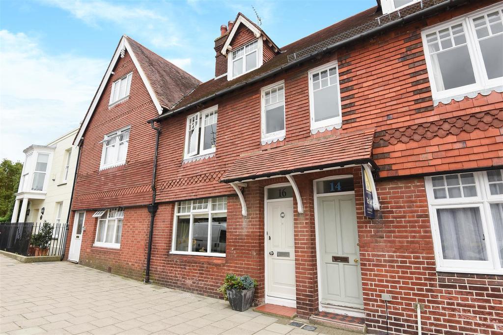 3 Bedrooms Terraced House for sale in Queen Street, Arundel