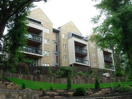 2 Bedrooms Apartment Flat for rent in Fernhill, Grasscroft, Oldham OL3
