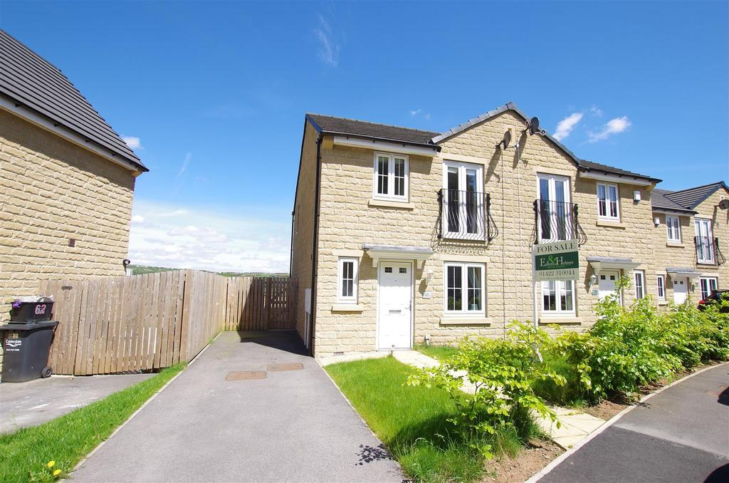 3 Bedrooms Semi Detached House for sale in Fountain Head Road, Halifax
