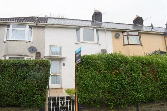 3 Bedrooms Terraced House for rent in St Johns Road, Manselton, Swansea. SA5 8PP
