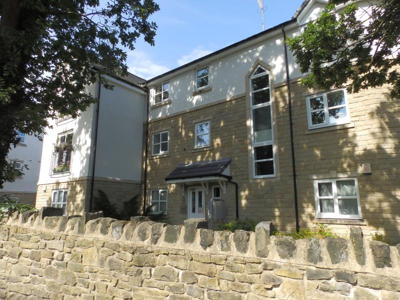 2 Bedrooms Flat for sale in PEPLOE HOUSE, NAB LANE, SHIPLEY, BD18 4EH