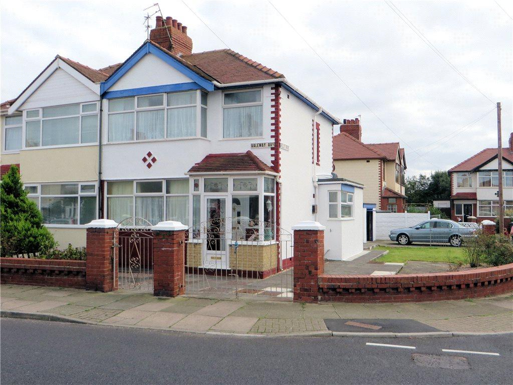 4 Bedrooms Semi Detached House for sale in Valeway Avenue, Thornton-Cleveleys
