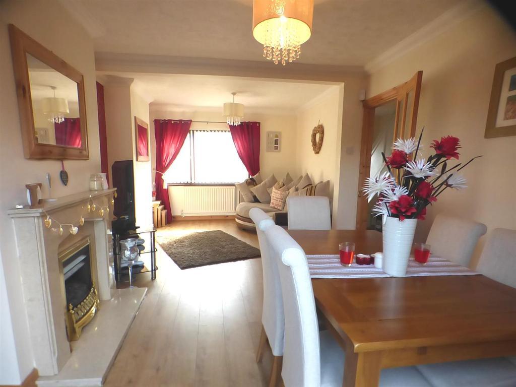 2 Bedrooms House for sale in Gellideg, Pontardawe, Swansea