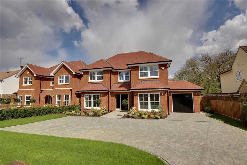 5 Bedrooms Detached House for sale in Calder Avenue, Brookmans Park, Hertfordshire