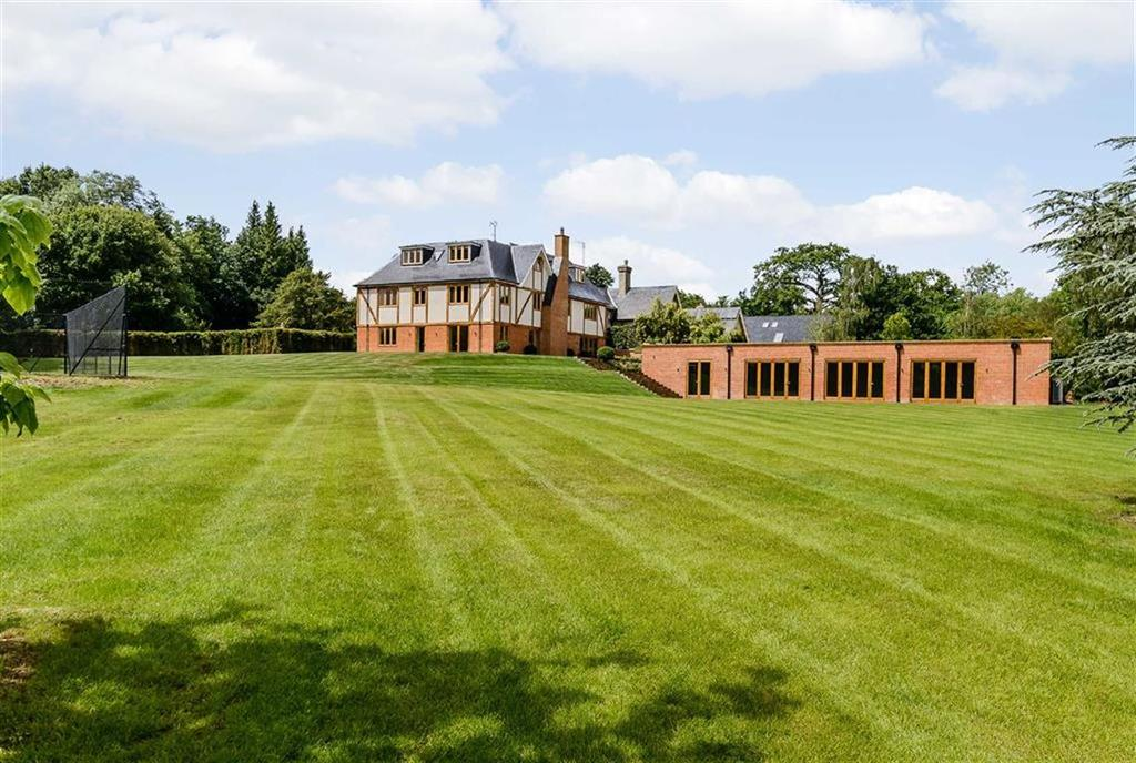 7 Bedrooms Detached House for sale in Woodfield Lane, Brookmans Park, Hertfordshire