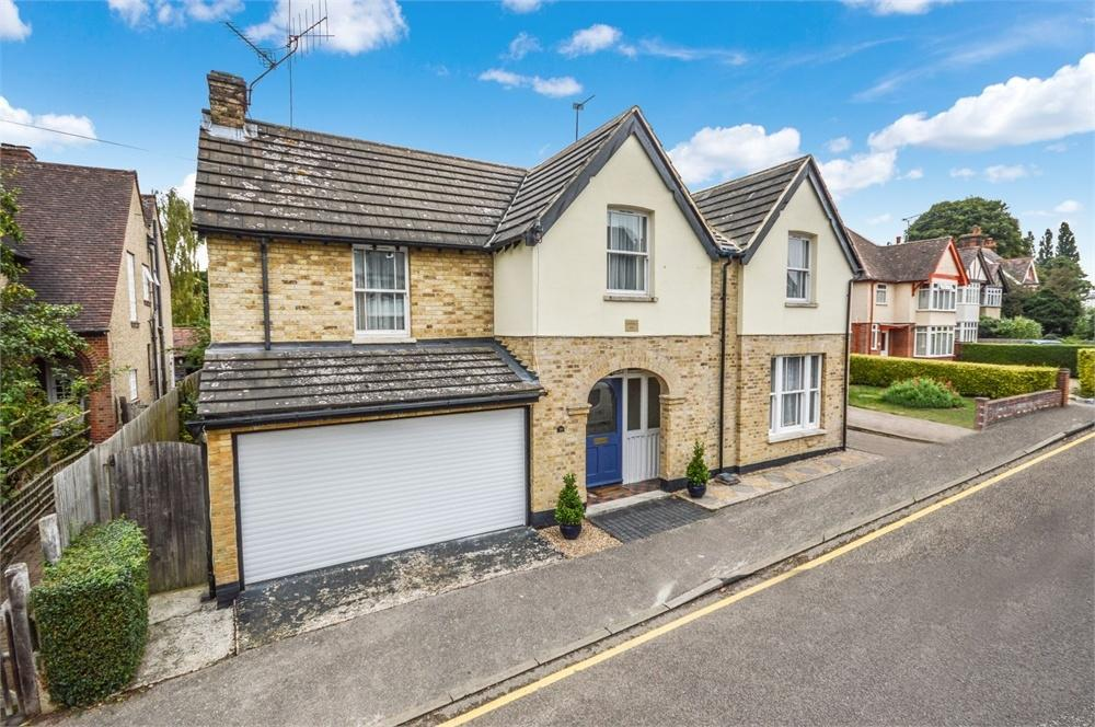 5 Bedrooms Detached House for sale in Grange Road, BISHOP'S STORTFORD, Hertfordshire