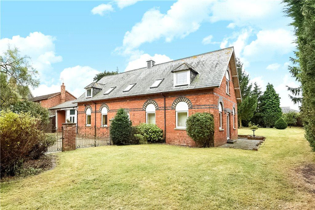 5 Bedrooms Unique Property for sale in Mill Street, Newport Pagnell, Buckinghamshire
