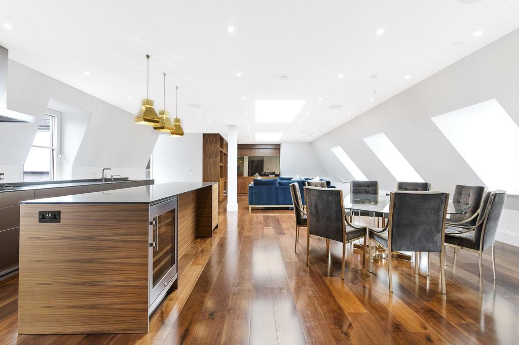 3 Bedrooms Penthouse Flat for sale in The Charles, Covent Garden, WC2R