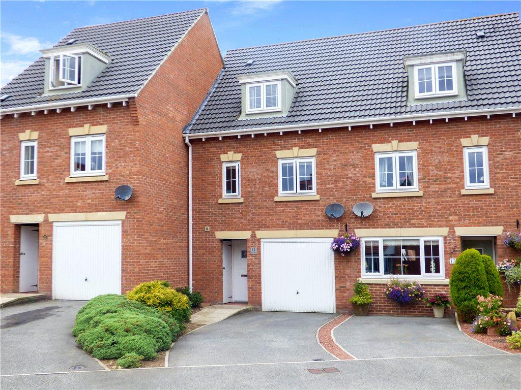 3 Bedrooms Town House for sale in Florin Drive, Knaresborough, North Yorkshire
