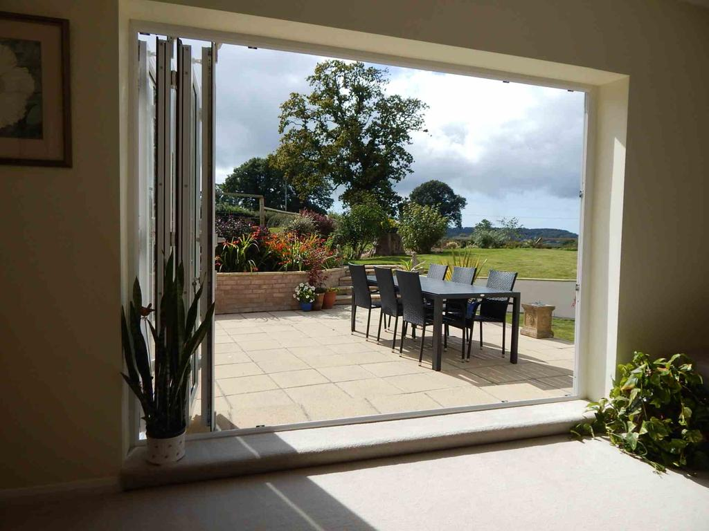 5 Bedrooms Detached House for sale in Hawkchurch, Devon