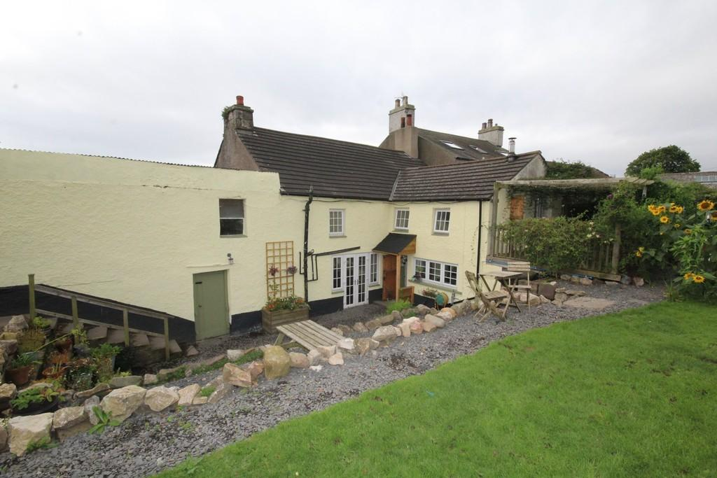 4 Bedrooms Detached House for sale in Melfort House, Gleaston