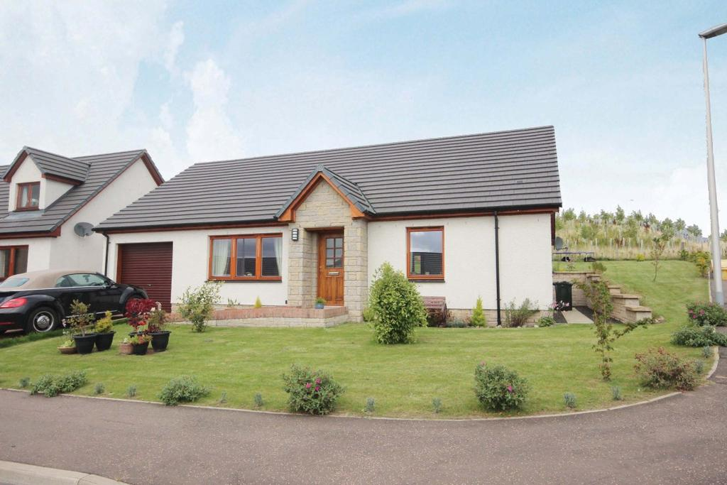 3 Bedrooms Detached House for sale in Coronation Avenue , Scone , Perthshire , PH2 6GA